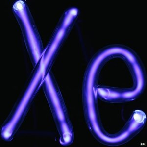 _77257214_c0060385-excited_xenon_xe_gas_in_a_tube-spl