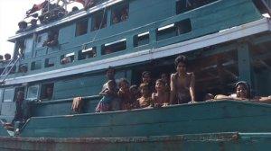 thailand-migrants-boat-videoSmall