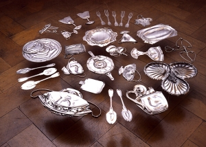 Cornelia Parker, Thirty Pieces of Silver , 2003, 30 silver plated items crushed by 250 ton industrial press copy