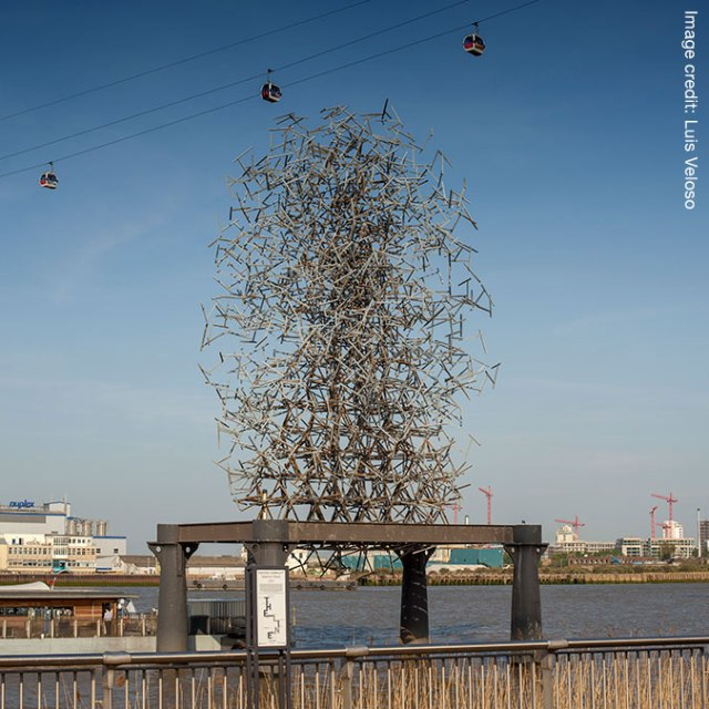 Antony-Gormley---Quantum-Cloud-(Credit-Luis-Veloso)-2.jpg