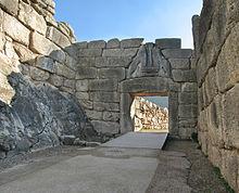 220px-Lions-Gate-Mycenae.jpg