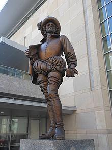Walter_Raleigh_Statue.JPG